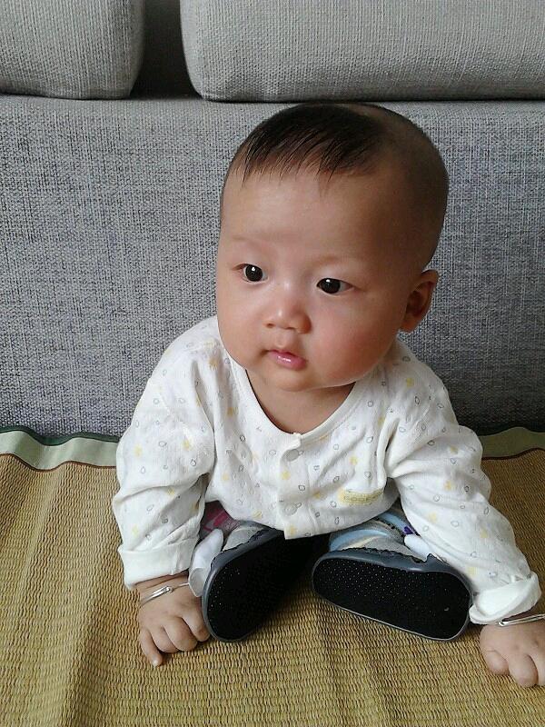 小孩几个月会坐?|亲亲小宝贝 - 宝贝全计划